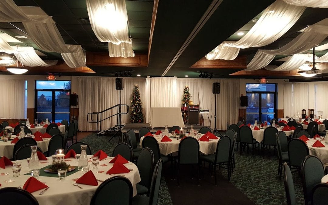Holiday Party Magician at Rockwoods in Otsego, Minnesota