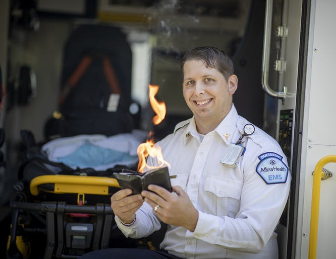 Twin Cities paramedic uses magic with young patients!